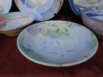 色玉のパスタ・カレー皿の画像