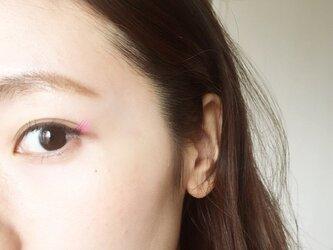 カラーアイライナー好きにはピッタリ♡なビビットピンク☆の画像