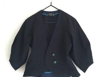 ツボミ膨らむお袖のジャケット joe  黒の綿ジャガード ◆1点物◆ の画像