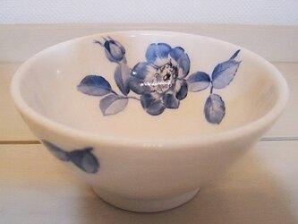 野バラのご飯茶碗の画像