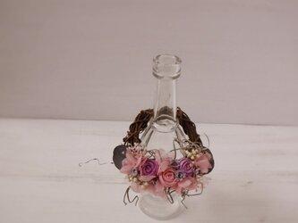 フレグランスボトルリース(まりバラ、ピンク&パープル)の画像