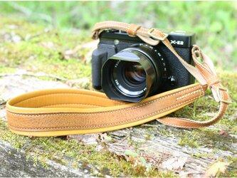 カメラストラップ ヌメベージュの画像