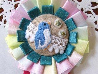 刺繍ブローチ・星とペンギンの画像