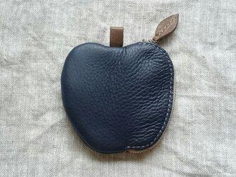 リンゴのコインケース(紺)の画像