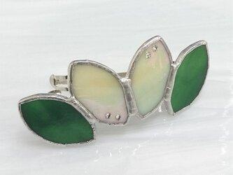 ステンドグラス製バレッタ【Leaf】柚葉色グリーンの画像