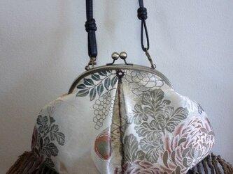 庭園花柄・アンティーク丸帯リメイク・はまぐり形・がま口バッグの画像