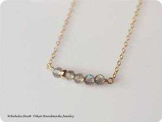 再販 ラブラドライト 虹のネックレスの画像