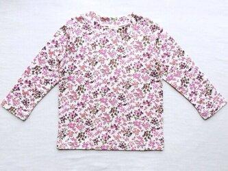 紫の小花柄の長袖Tシャツ (110cm)の画像