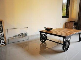 車輪付きローテーブルの画像