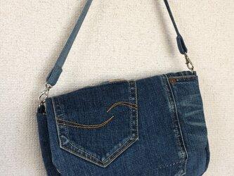 リメイクデニムのバッグの画像