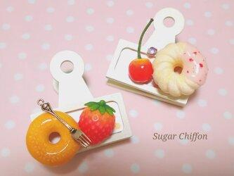 ドーナツとフルーツのウッドラベルクリップ♡2種セットの画像