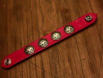 全7色 本革 コンチョ ブレスレット リストバンド レッドの画像