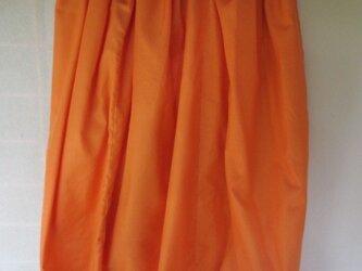 緊急出品!?絹素材で短めペチコートオレンジ裾未仕上げの画像