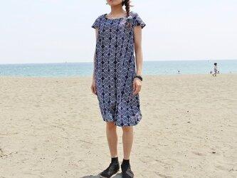 着物リメイク・浴衣のキャップスリーブワンピース(蝶・M)の画像