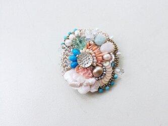 花と石 no.1 ブローチの画像