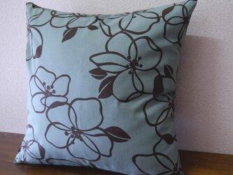クッションカバー★大きめのお花柄 モスグリーンの画像