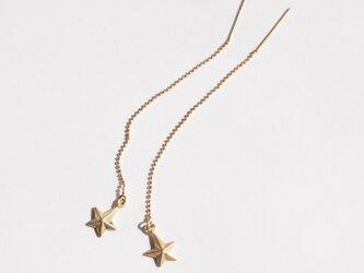 流れ星サファイアピアス(ゴールド色)の画像