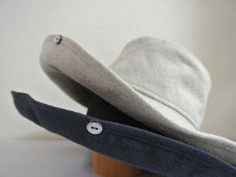 M.15 ボタンUP帽子 紺の画像