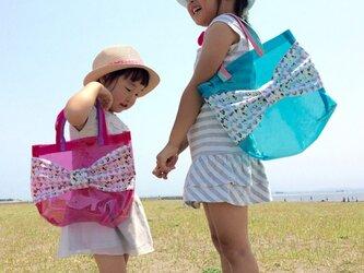 リボンプールバッグ《ブルー×リバティ・マーブルハート》の画像