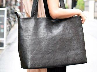 栃木レザー(black) トートバッグ すごい丈夫で、ずっと触っていたい革の画像