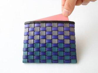 手染め革 風のカードケース 青の画像