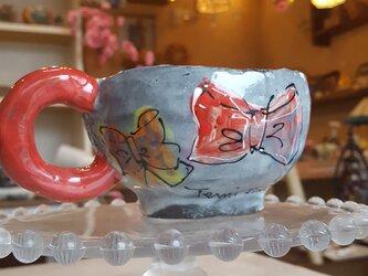 大人かわいいマグカップ リボンの画像