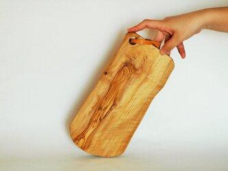 オリーブの木(小豆島産)カッティングボード の画像