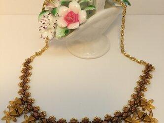 ゴールド トライアングルのネックレスの画像