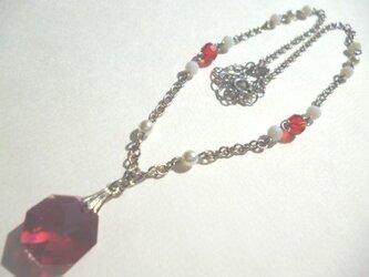 スワロフスキー・パール・カットガラスのネックレスの画像