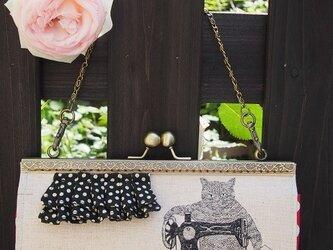 仕立て屋ネコのガマ口長財布 持ち手つきの画像
