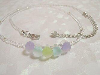 ティアドロップビーズと水晶のネックレス(ミニ) シルバーカラーの画像