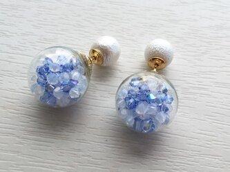 ガラスドームピアス(スワロ ブルー)の画像