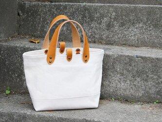 革の持ち手の6号帆布のトートバッグ~生成(尾道帆布)~の画像