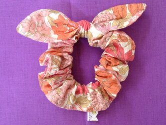 ワッフル花柄 リボンシュシュの画像