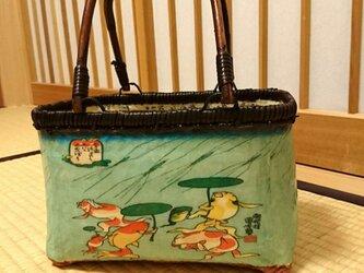 """一閑張りバッグ """"金魚""""浮世絵仕上げの画像"""