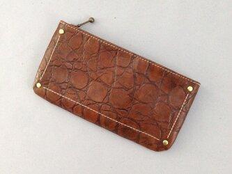 本革*型押し革のペタンコ財布の画像