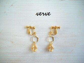 himmeli earrings goldの画像