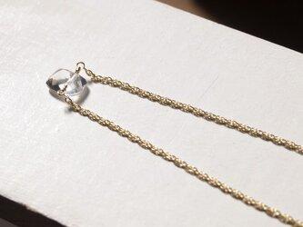 クリスタルの一粒ネックレスの画像