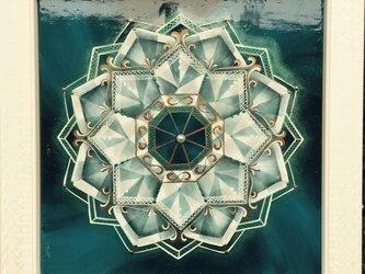 白の作品 曼荼羅の画像