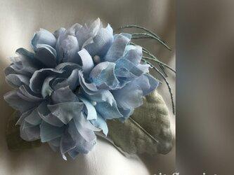 手染め紫陽花のコサージュの画像