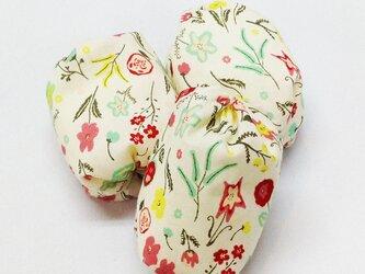 お手玉 花柄のたわら型3つセットの画像
