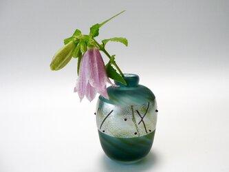 すりガラスの飾り瓶の画像