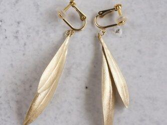 Olive leaves earrings {EP048K10}の画像