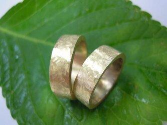 結婚指輪 手作り(鍛造&彫金)K18 イエローゴールド艶消し 極太・幅広&打ち出しの画像