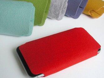 iPhone6/6s/7/8用ケース〈赤色〉の画像