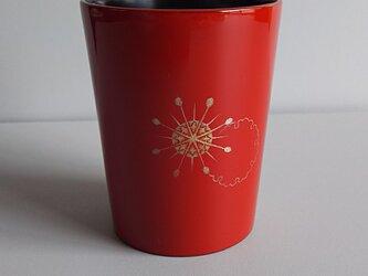 雪輪の漆塗り沈金マグカップの画像