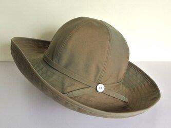M.C1 丸い帽子 オリーブの画像