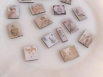 ビクトリアンマグネット(小) ピンクのマッチ箱入りの画像