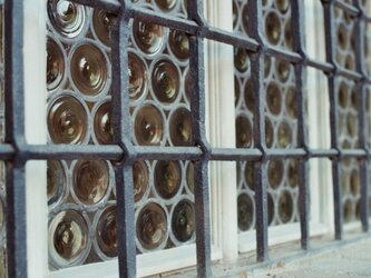 【額付写真】ガラス窓の画像