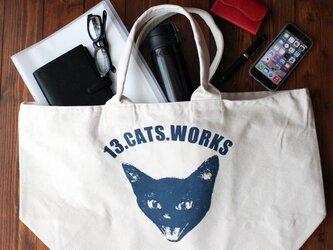 旅行にも使えるサイズの帆布ビッグトートバッグ(VIVI FACE) シルクスクリーン 13.CATS.WORKSオリジナルの画像